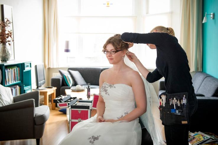 Bruid: Dinneke Woonink Fotografie: Manja herreburgh fotografie Haar & make-up: Monika Murris-Nikken