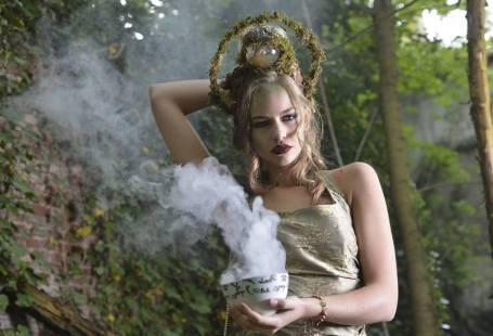 Fotograaf: Cindy Stegeman (Original Cin) Model: Floortje Bunschoten Visagie & Hairstyling : Monika Murris-Nikken