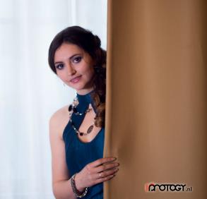 Fotograaf: Annop Catsman Model: Ramona Iets Visagie & Hairstyling: Monika Murris-Nikken
