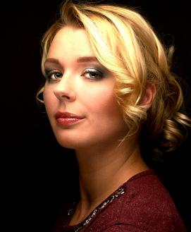 Fotograaf: Eddy Stekkinger Model: Chantel Duijf Visagie & Hairstyling: Monika Murris-Nikken