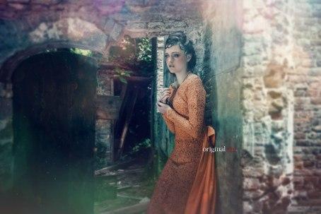 Fotograaf: Cindy Stegeman (Original Cin) Model: Joy Boetekees Hairstyling : Monika Murris-Nikken Visagist: Suzanne Bonne (Bloos Visagie, grime en styling)
