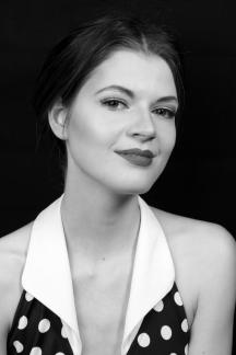 Model: Marthe van Bronkhorst Fotografie: Sven van Wijnbergen Make-up & hair: Monika Murris-Nikken