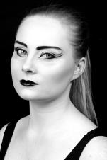 Model: Nina Juffermans Fotografie: Sven van Wijnbergen Make-up & hair: Monika Murris-Nikken