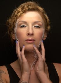 Fotograaf: Eddy Stekkinger Model: Tessa Visagie & hairstyling: Monika Murris-Nikken